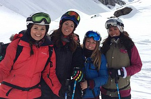 group ski lesson in val d'isere image of