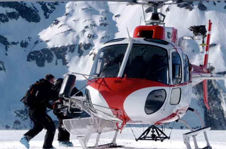 Heli Skiing in Val d'Isere image of