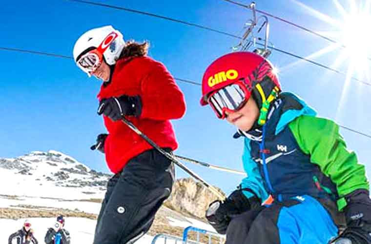 Kids Group Ski Lessons in Tignes image of