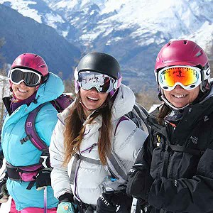 group ski lesson in tignes image of